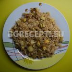 Тиквички с ориз и домати