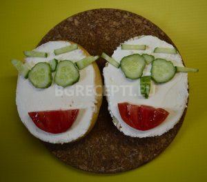 Детски сандвич със земел и крема сирене